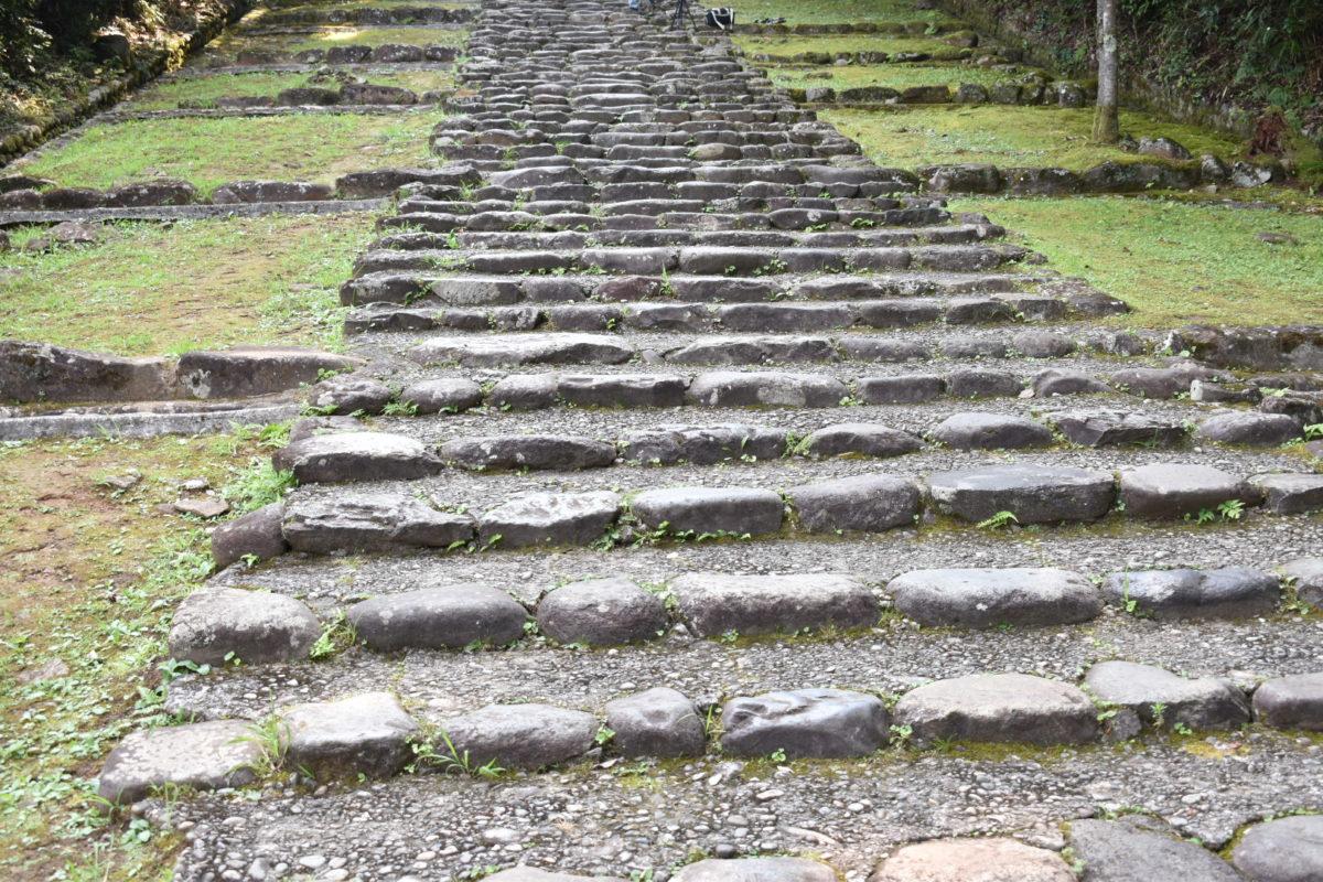 平泉寺白山神社の階段